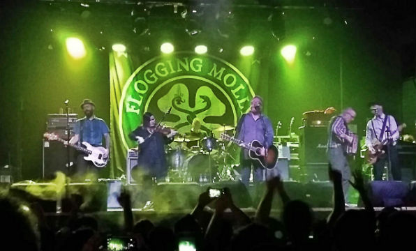 Flogging Molly e Rebels & Sinners no Carioca Club